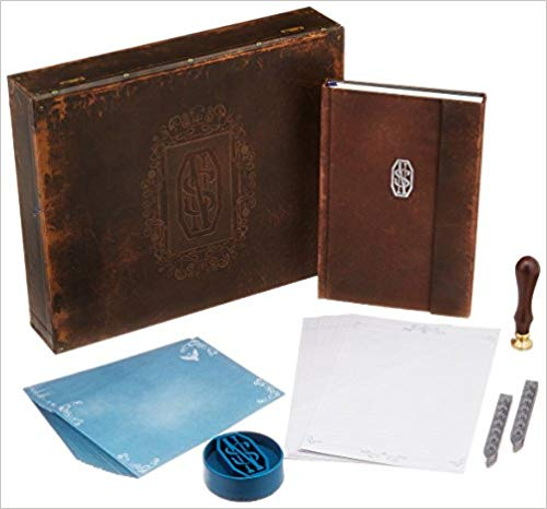 Fantastic Beasts and Where to Find Them: Newt Scamander Deluxe Stationery Set(Harry Potter)